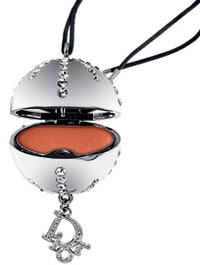 dior_pendant_websnob_final.jpg