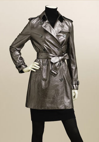 Shopping: Up to 40% off at Burberry