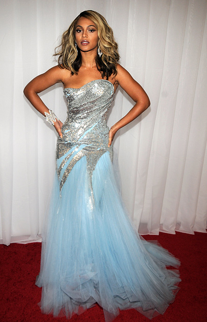 Polls: Beyonce's Grammy Look
