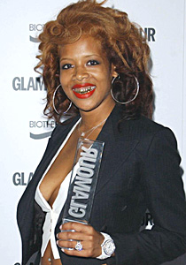 Kelis @ the Glamour Awards from Skynews