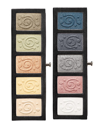 Sparkle with The Body Shop Eye Palette
