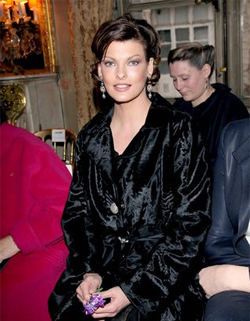 Linda Evangelista to launch make-up range with L'Oreal Paris