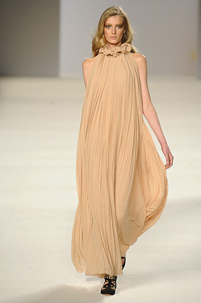 Paris Fashion Week: Chloe AW09