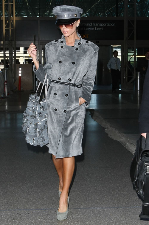 Victoria Beckham gets militant at LAX