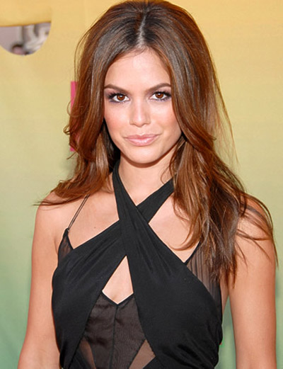 Rachel Bilson becomes a fashion editor