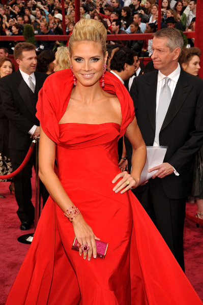 Model Heidi Klum attends the 80th Annual Academy Awards at the Kodak Theatre on February 24, 2008 in Los Angeles, California.