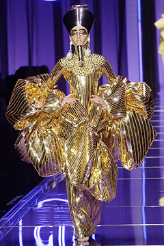 Galliano's Spring 2004 collection for Dior