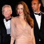 Angelina Jolie's phone snub