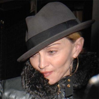 Madonna auctioning bag