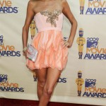 2009 MTV Movie Awards: Paris Hilton shimmers