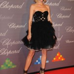 Eva Herzigova's not a fan of plastic surgery