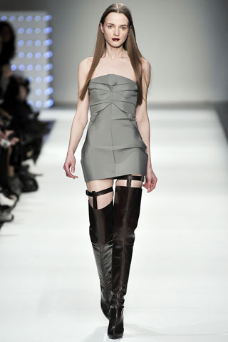 AW09 Trends: The Thigh's the Limit