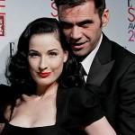 Scarlett and Dita inspire Roland Mouret