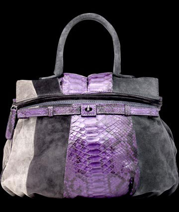 Calling all handbag lovers!