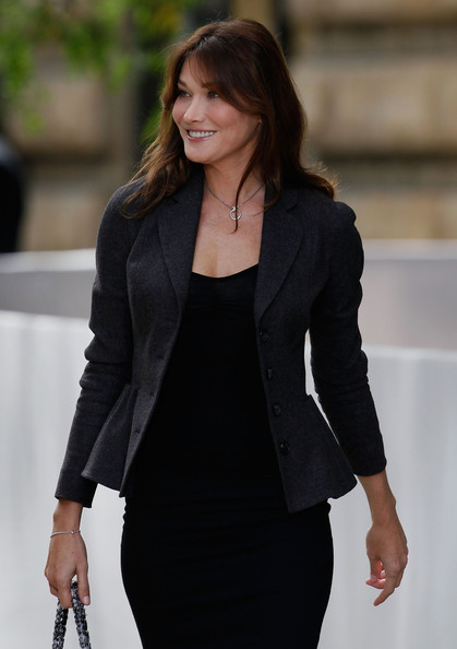 Carla Bruni - Fashion Model - Profile with photos, biography and