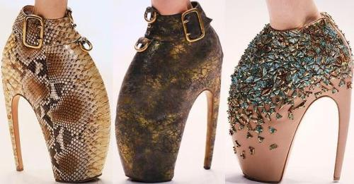 Alexander McQueen's 'Armadillo' shoes