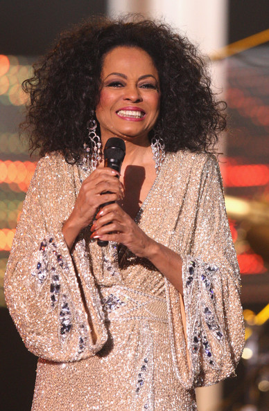 Diana Ross teams up with Steven Madden