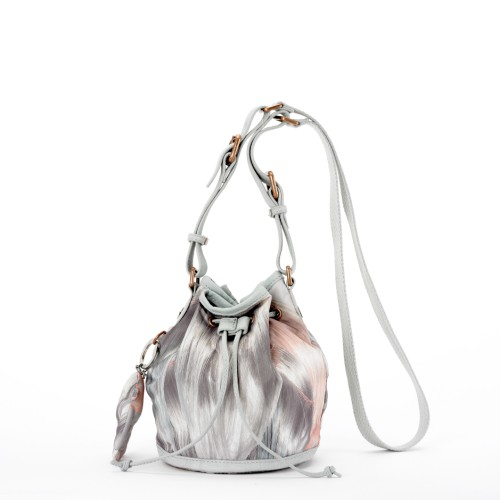 Lunchtime buy: El Delgado Buil for Kipling Reyna bag
