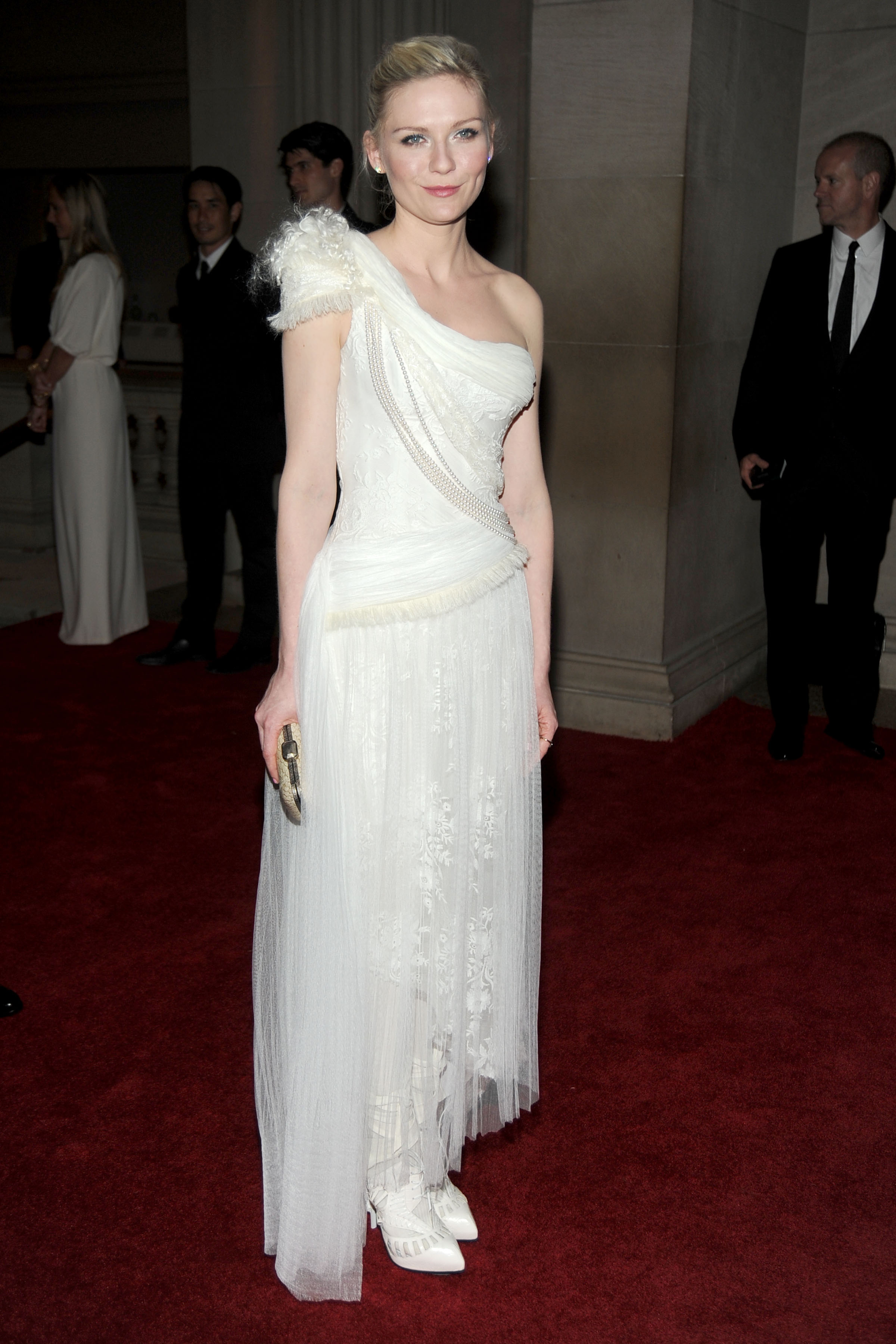 MET Ball 2010: Kirsten Dunst in Rodarte for Gap