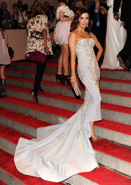 MET Ball 2010: Eva Longoria Parker in Marchesa
