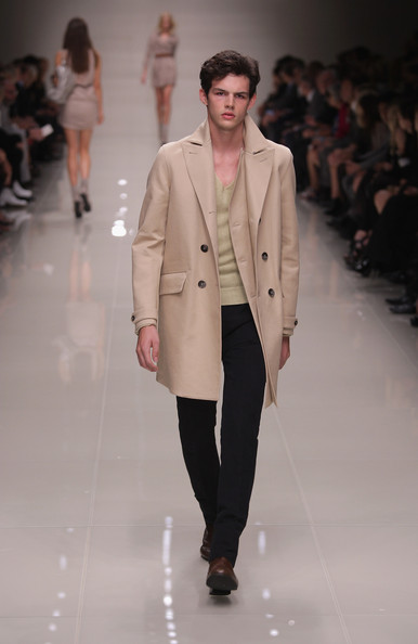 Burberry model Tom Nicon dies