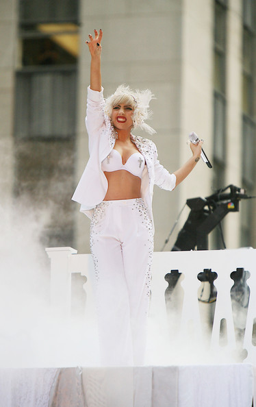Lady Gaga to launch perfume?