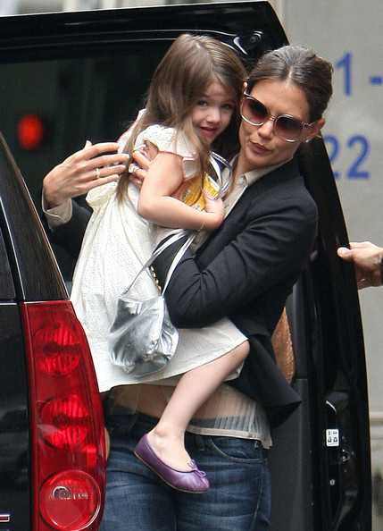 Suri Cruise designs her clothes and gives Katie fashion advice