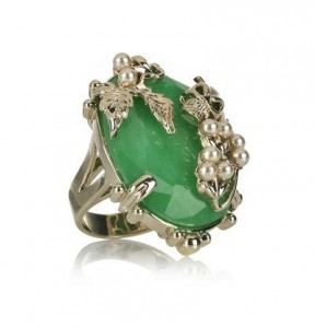 Mawi gold-plated jade and skull ring
