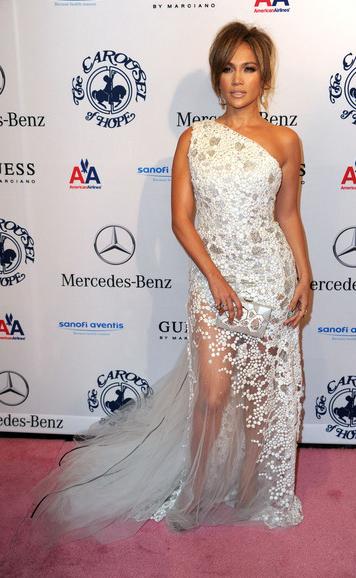 Jennifer Lopez in Georges Chakra