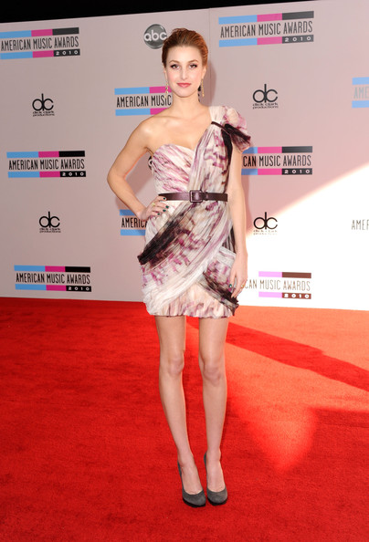 AMA's 2010: best and worst dressed