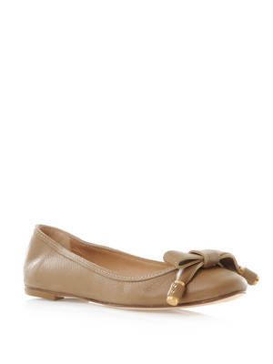 Luxury gifts for her: Chloe Marcie ballerina flats