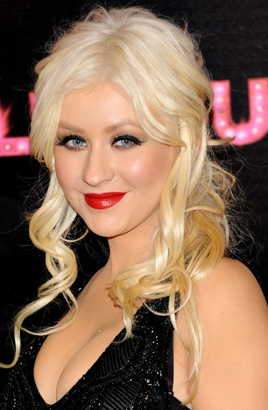 Get the beauty look: Christina Aguilera