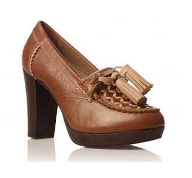 Up to 50% off at Kurt Geiger!
