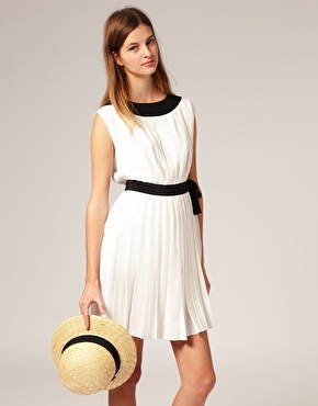 Lunchtime buy: Boutique by Jaegar tennis dress