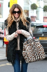 Elle Macpherson after taking her child to school, London, Britain - 26 Nov 2010