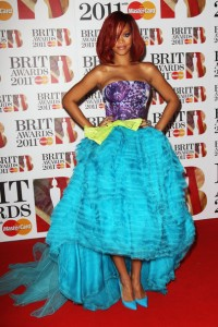 Rihanna+BRIT+Awards+2011+Inside+Arrivals+pz2SnWqfQGrl