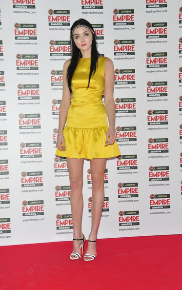 Lily Cole doesn't shine in yellow