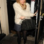 Sienna Miller looks fab in fur