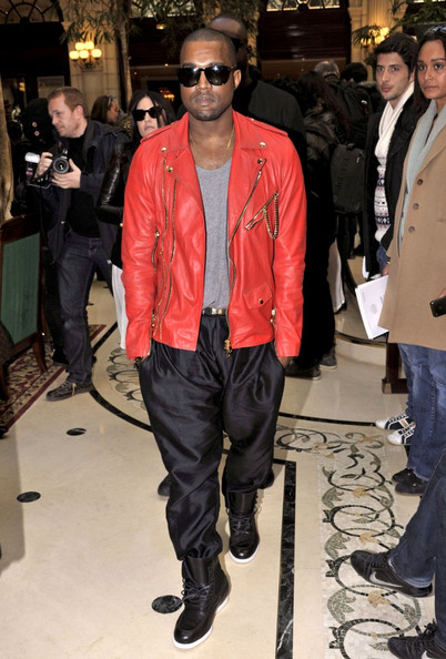 Kanye West applies to Central Saint Martins