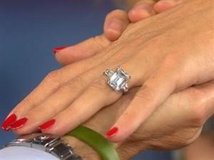 Kate Hudson ring
