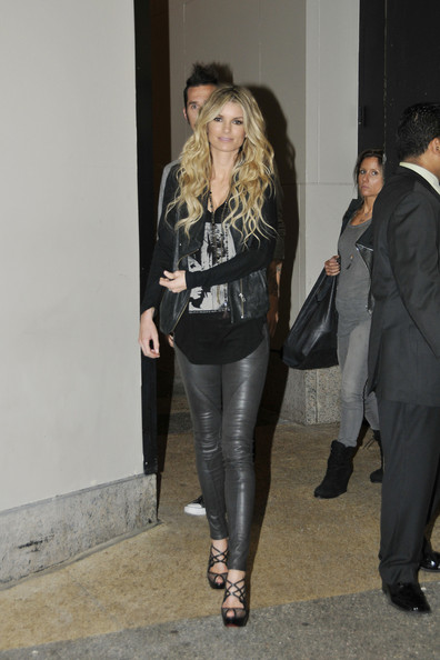 Marisa Miller does rock chick