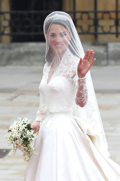 The fashion verdict: designers react to Kate's wedding dress