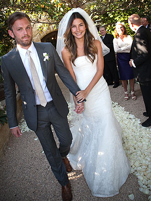 Lily Aldridge marries Kings of Leon's Caleb in Vera Wang