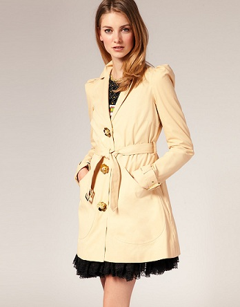 Lunchtime buy: Manoush trench