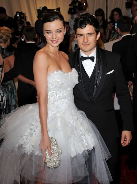 Miranda Kerr made Orlando Bloom pee in a bottle while she was in labour