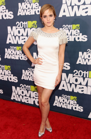 Get the look: Emma Watson in Marchesa at the 2011 MTV Movie Awards