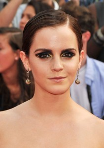 Emma+Watson+Makeup+Smoky+Eyes+zezPNgc5lkCl