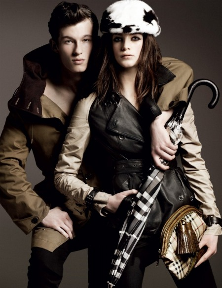 Burberry launches its latest autumn/winter 2011 campaign photos