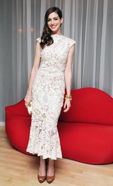 Anne Hathaway wows in Alexander McQueen