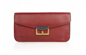 Handbag Hunter: Marc by Marc Jacobs red clutch in Bianca leather